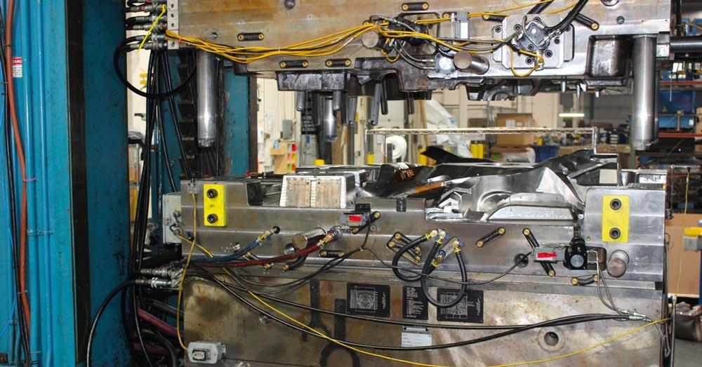 CORE Molding Process Mold